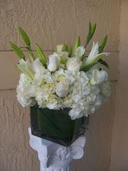NB-6CW Hydrangea, Roses, Lilies, and Calla Lilies $175.00