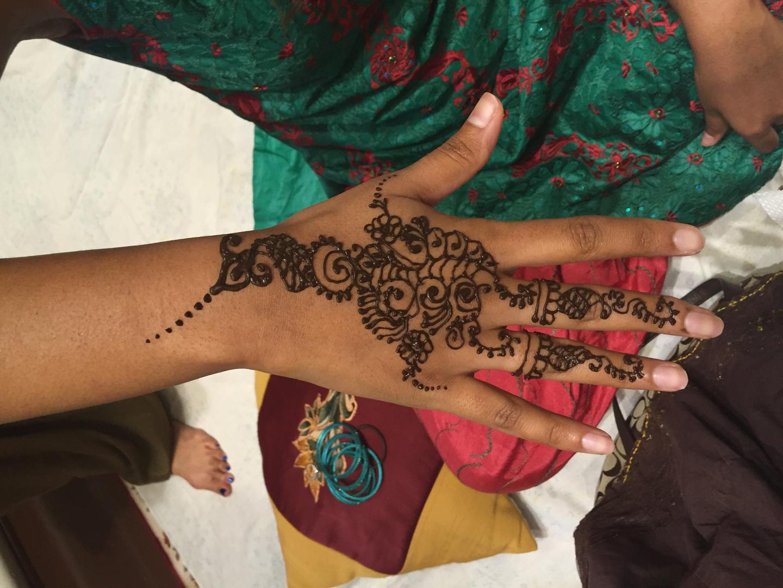 Mehndi Party Prices : Henna