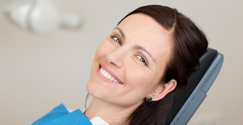clinique d'implantologie dentaire dental implant services Brossard-Laprairie