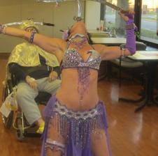 Chicago Belly Dancer, Hire sword dancer