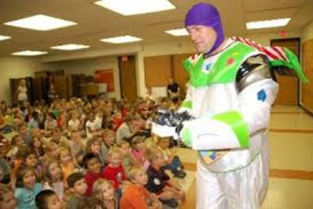 Buzz Light Year, Toy Story 4 style Party Character