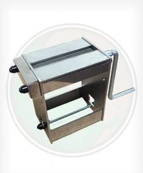 Fine Cut Tobacco Shredder -Make your own fine cut tobacco with this fine cut whole leaf tobacco shredder