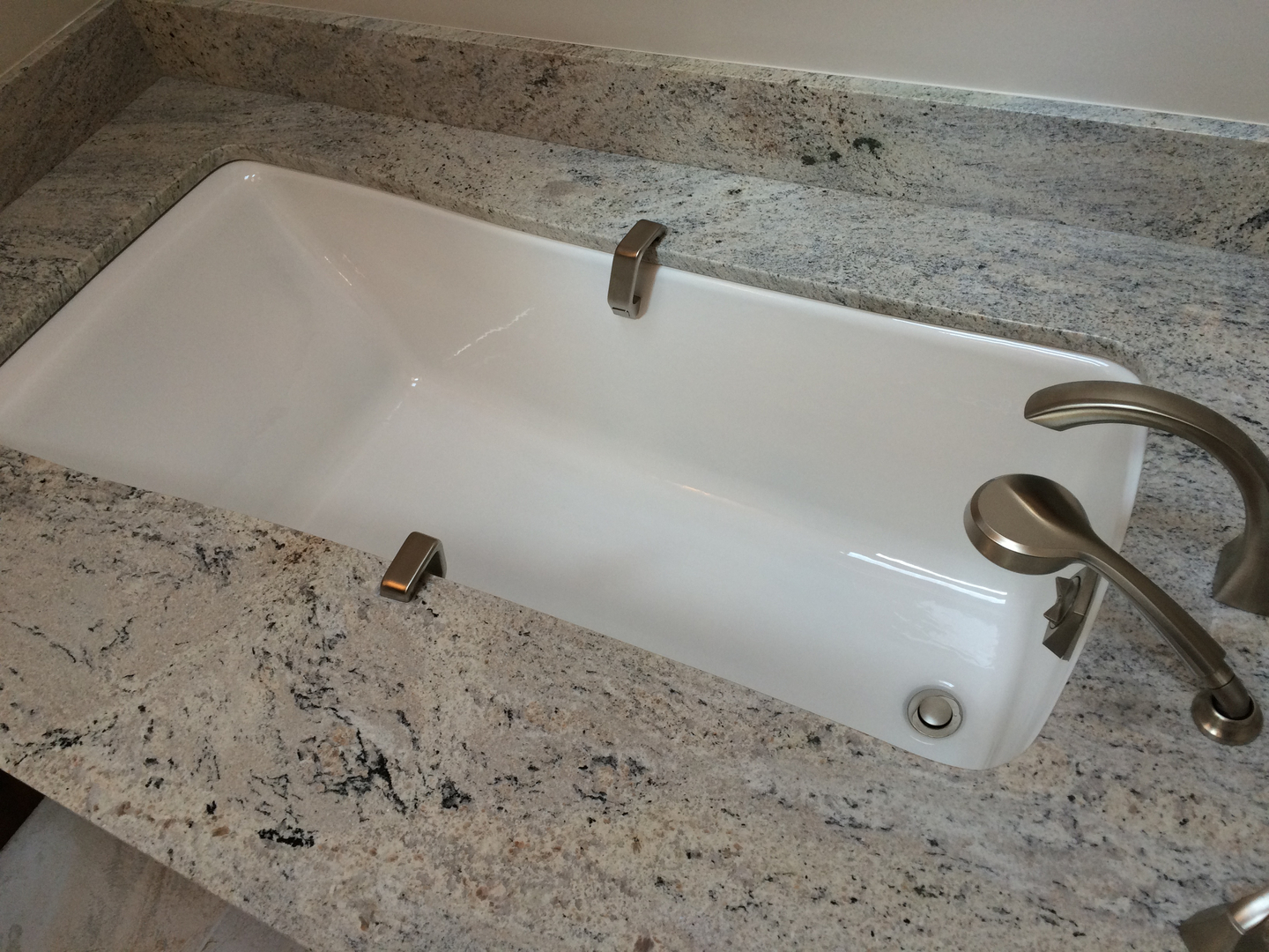 bathroom remodeling sagent builders westchester illinois