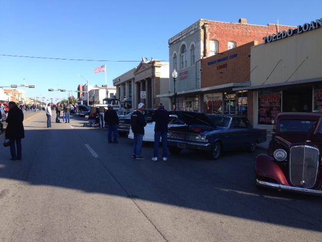 Gallery - Main street car show
