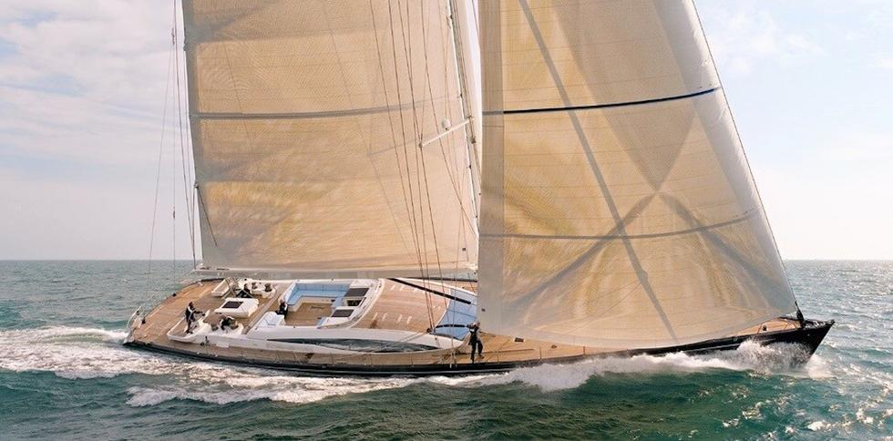 Luxury Crewed Charter Yachts Beautiful Large Sailing Yacht Full Sail Big Blue Yacht Charters