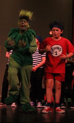 The Grinch (Matteo Di Rienzo) and Thing 1 (Charlie Wiltshire)