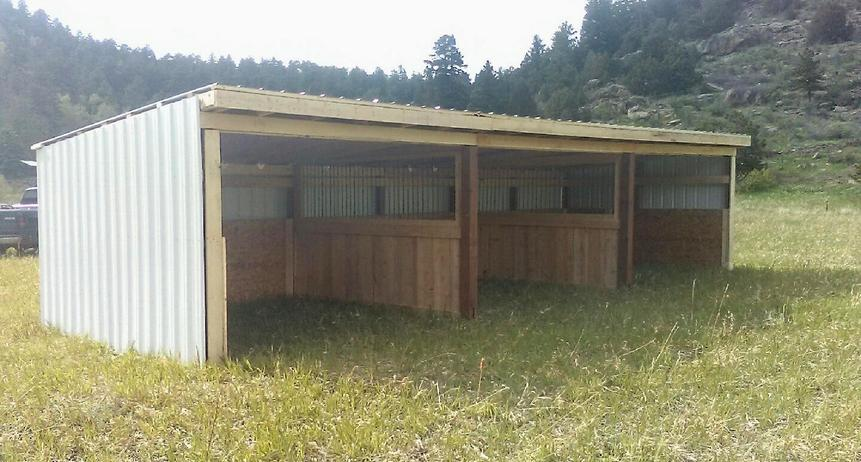Loafing Shed 3 sided shed with dividers for Horses