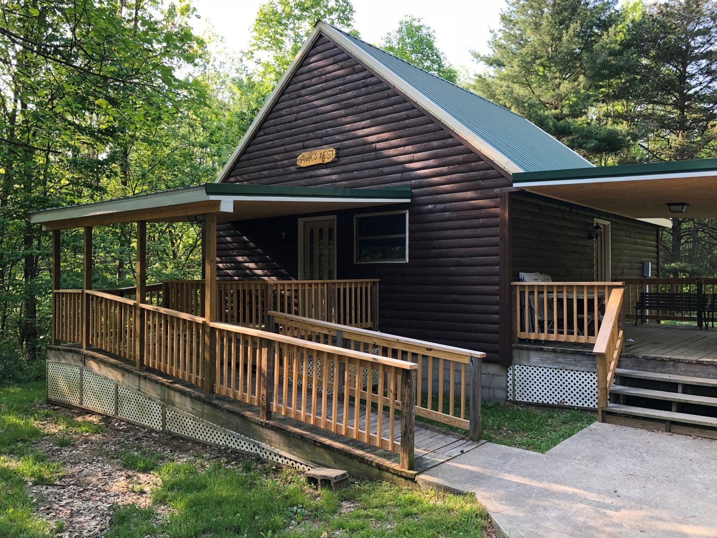 Hawk's Nest Cabin - Hocking Hills Cabin Rentals and Hocking Hills