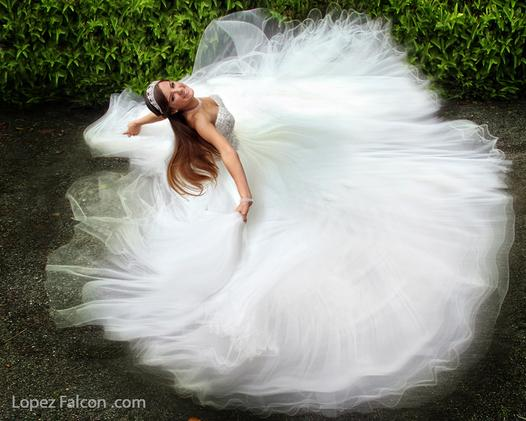 QUINCEANERA DRESSES MIAMI VIDEO & PHOTOGRAPHY