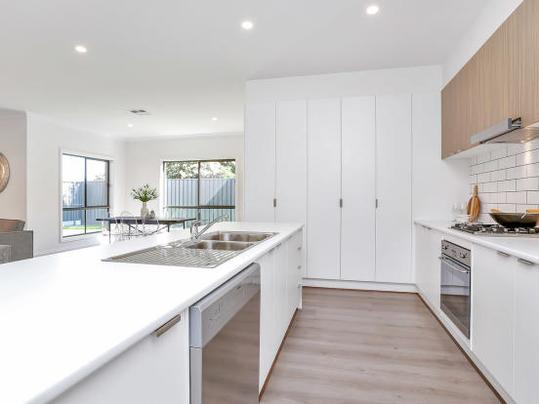 Best Flooring For A Kitchen - What is a good flooring for a kitchen