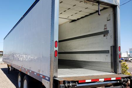 2007 48x102 Great Dane Trailer w/Lift Gate