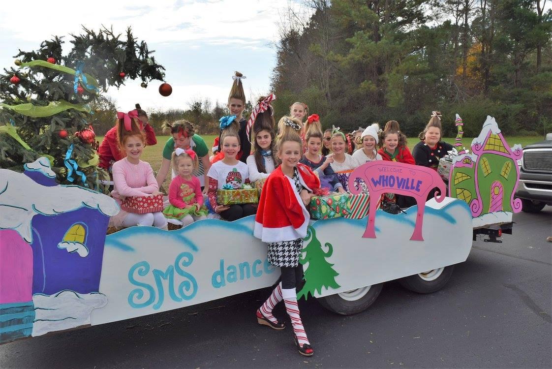 2017-12-2 Christmas Parade, Pleasant View, TN