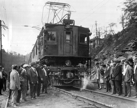 Photo of the Virginian Railway's Alco-Westinghouse EL3A being christened. September 25, 1925.