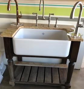 https://houseofrohl.com/original-lancaster-single-bowl-farmhouse-apron-front-fireclay-kitchen-sink-white-shw-rc3018wh/