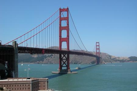 Golden Gate Bridge representing Communication and Conneciton