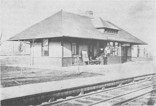 Hopkins Avenue depot in Norwood, early 1890s.