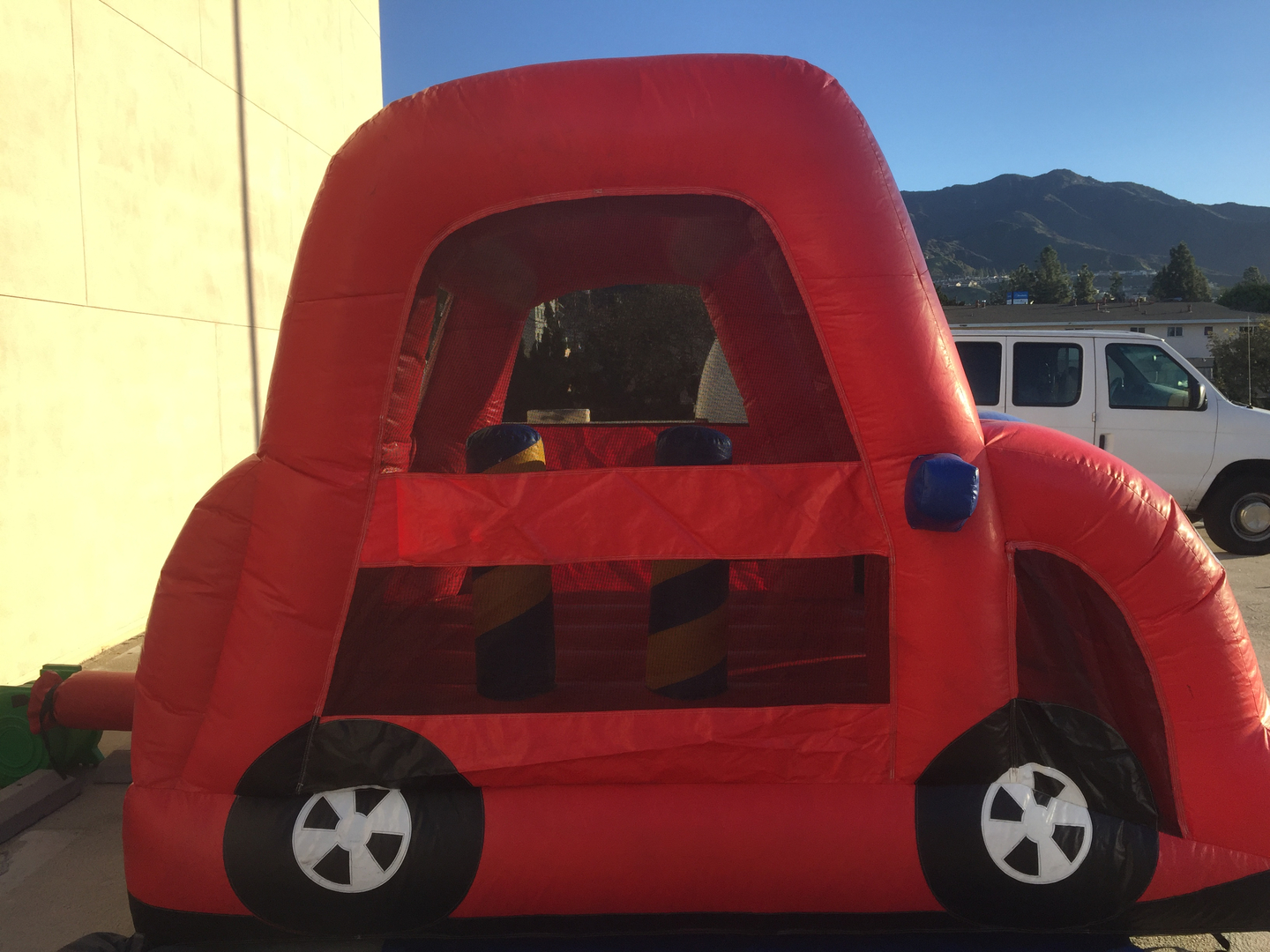 Burbank Jumpers and Party Rentals - Home