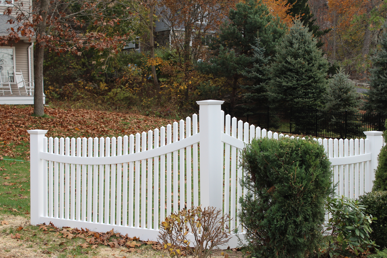 Projects custom fence design llc get a quote baanklon Gallery
