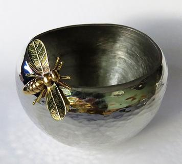 Hammered Bee Bowl Pewter Bowl with a Detachable Handcrafted Brass Bee.