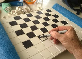 DIY floating checkers board
