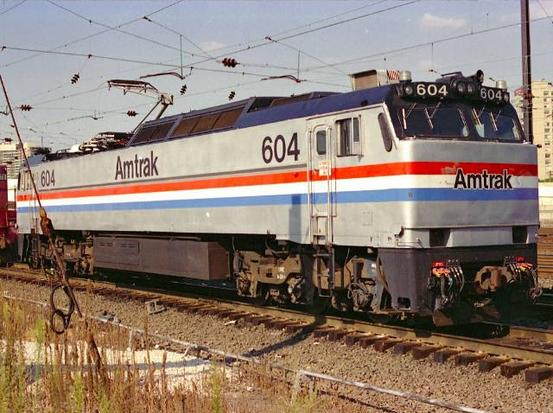 An Amtrak E60MA #604 with Phase III paint scheme in Philadelphia. Photo by Chao-Hwa Chen.