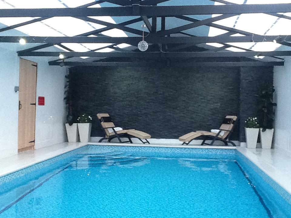 Bacton Heated Swimming Pool Sauna