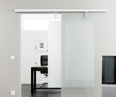 Magnetic sliding door systems