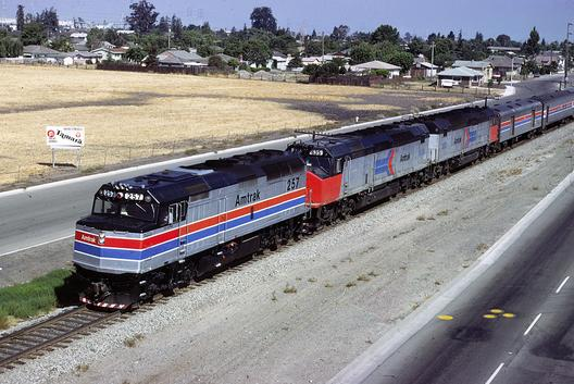 A new F40 leading two SDP40Fs with the Coast Starlight. The F40 is painted in the new Phase II livery while the SDP40Fs are in Phase I. Photo by Drew Jacksich.