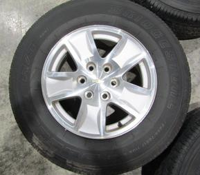 "CHEVY 17"" SILVERADO TAHOE SUBURBAN TAKEOFF WHEELS AND TIRES BRIDGESTONE"