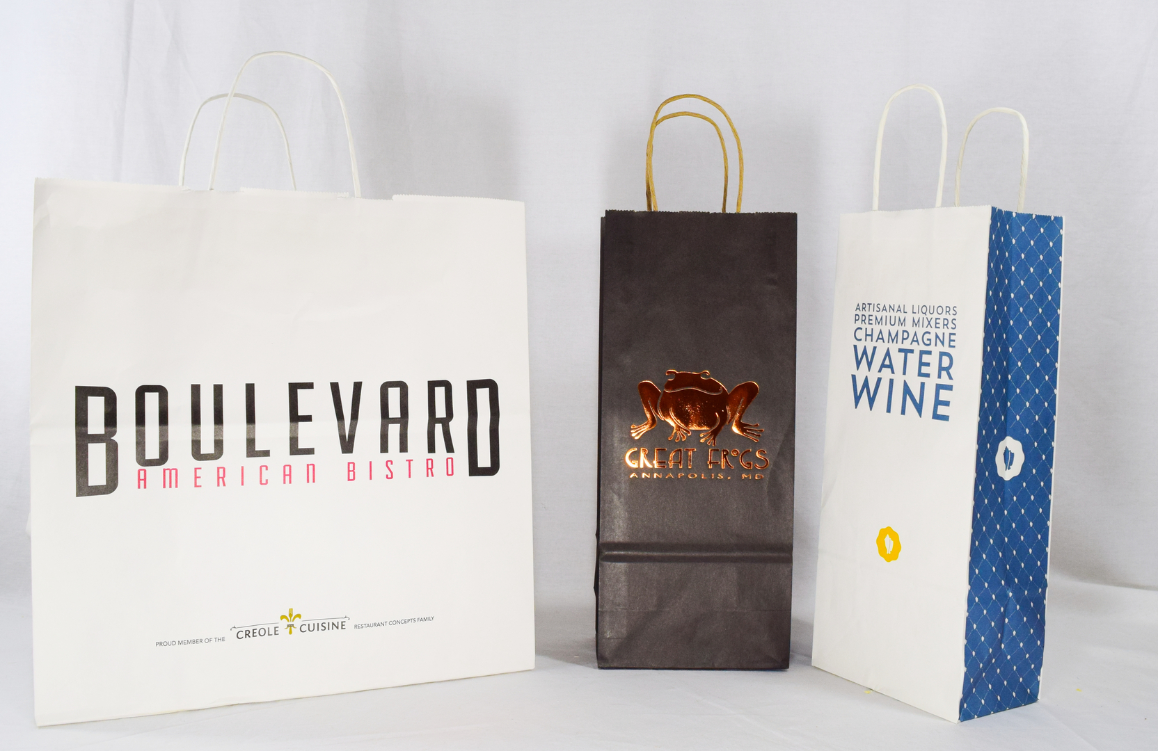 custom printed paper bags Need custom printed recycled paper bag solutions for your independent or national business get a free sample kit & catalog from howard packaging today.