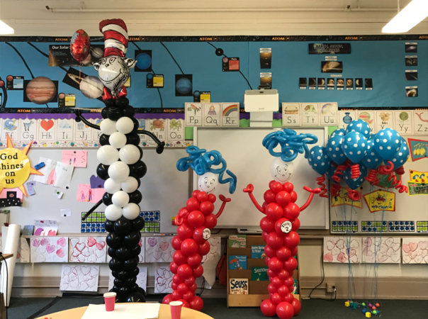 Dr. Seuss Cat in the Hat with Thing 1 and Thing 2