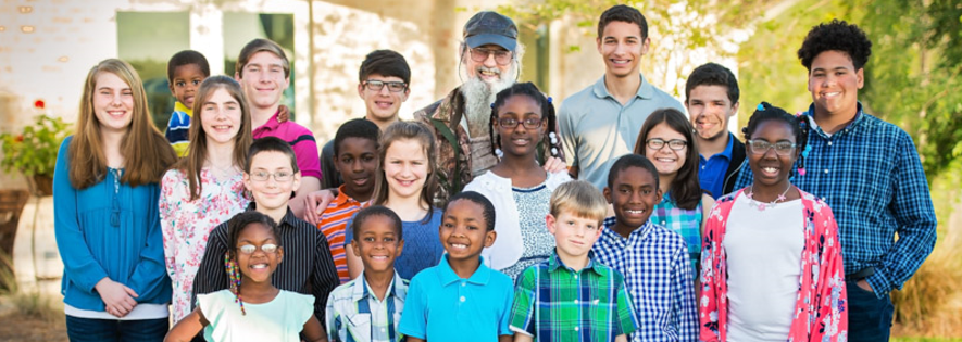 Uncle Si with Homes of Hope for Children
