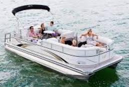 Torch Lake Pontoon Boat Rental - Northaire Resort