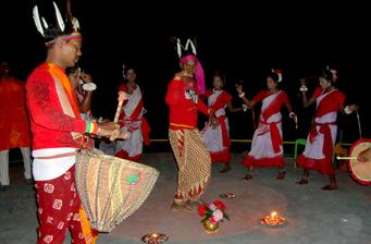 Enjoy Tribal Dance Program At Sundarbans National Park Tour Packages From Kolkata