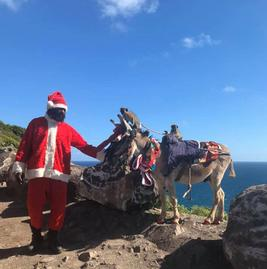 Daynell finds Santa in St Kitts