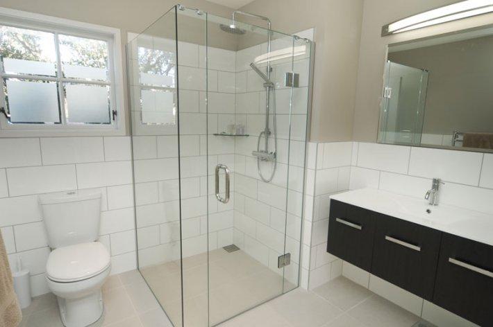 Bathroom Renovations Mississauga Bathroom Remodel Mississauga Sina - Bathroom remodeling mississauga