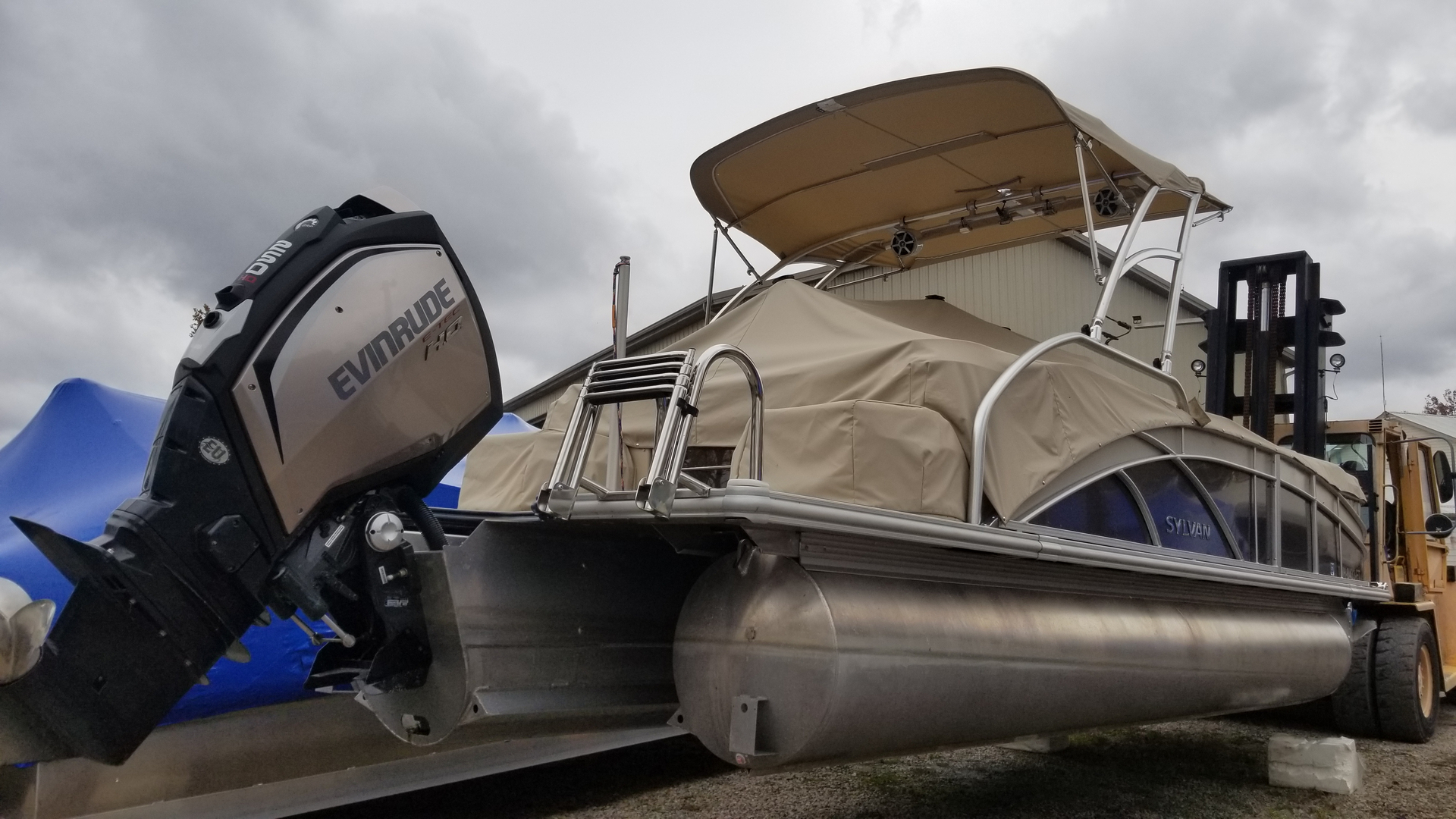 Used Pontoons Fishing For Sale Fisher S Marina Buckeye