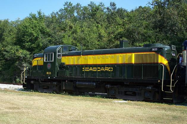 Seaboard Air Line ALCO RS-3 No. 1633.