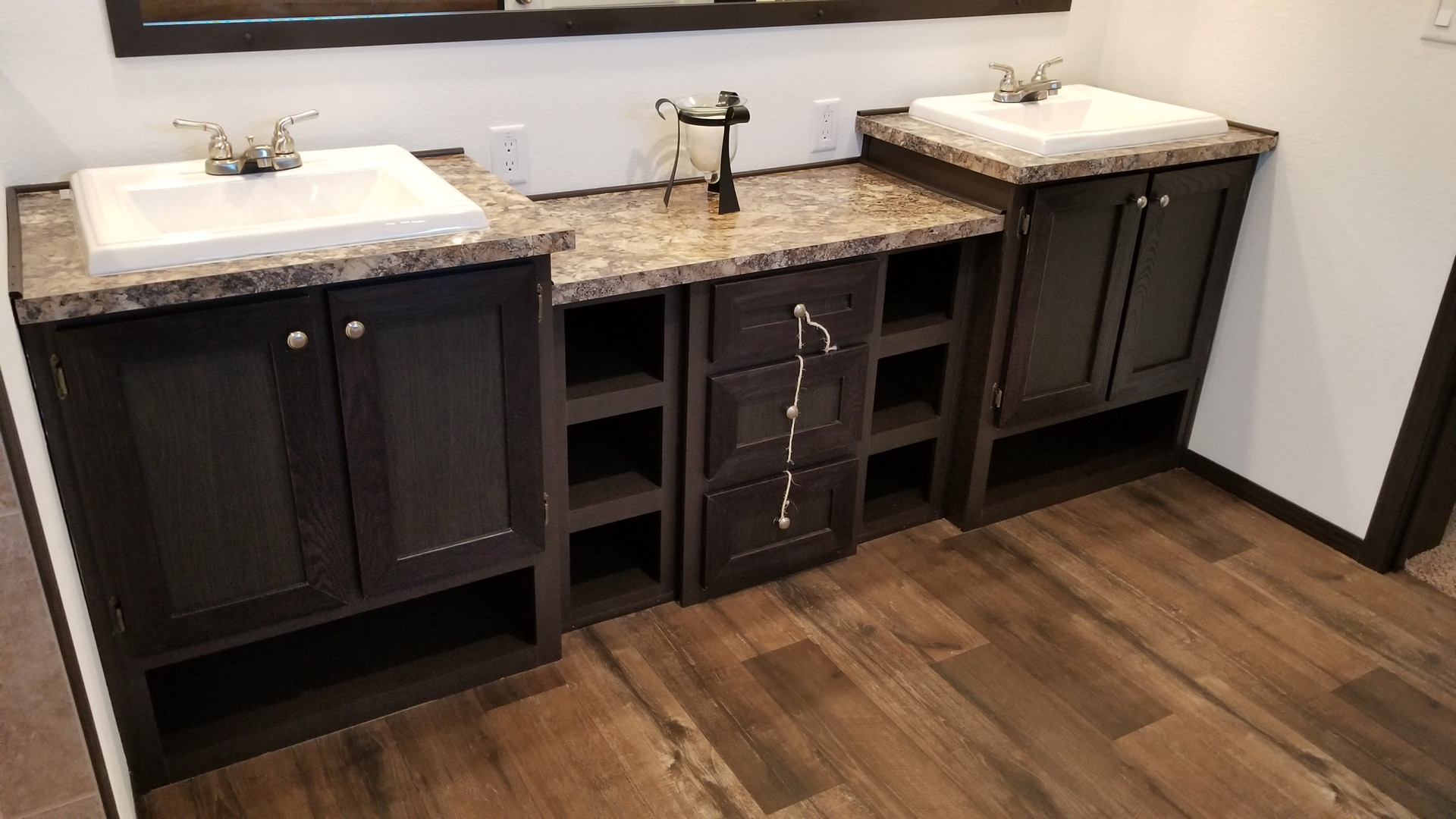 Majestic Homes inc - Discounted Display