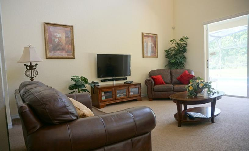 TranquilityFlorida Wheelchair Accessible Living room