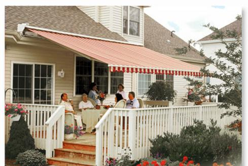 Tetrault And Sons Awnings Retractable Deck Patio Canopies In Metal Or Fabric