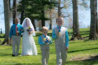 Ring Bearers with Bubbles at Taylor Ranch