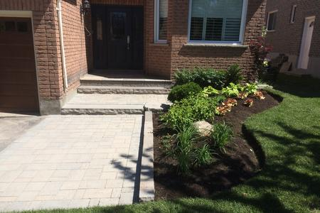 Front yard landscaping in Aurora, Newmarket, Richmond Hill, Bradford, Stouffville, Vaughan, Markham, King City, GTA.