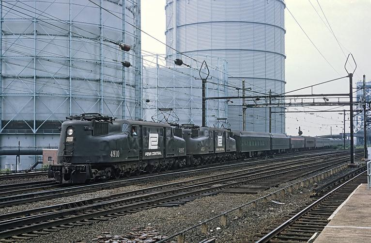 Penn Central GG1s. Photo by Roger Puta.