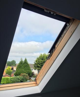 VELUX replacement window. ROTO and VELUX ROOF WINDOW SPECIALIST INSTALLERS, REPAIRS, RENOVATING, RE-GLAZING, REPLACEMENTS AND INSTALLING. COVERING; LONDON, ESSEX, MIDDLESEX, HERTFORDSHIRE, BEDFORDSHIRE AND BEYOND