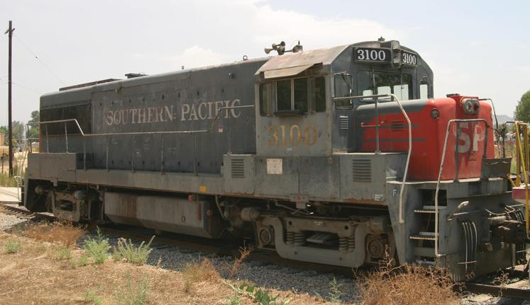 SP No. 3100 is the only GE U25B still in working order.