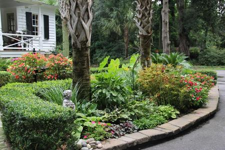 Arrow Grounds Maintenance services the Greater Charleston, SC areas with  landscaping and lawn maintenance. We specialize in weekly commercial and ... - Charleston, SC Landscaping Ideas: Arrow Grounds Maintenance