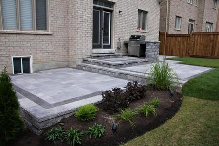 Backyard patio Idea in Newmarket
