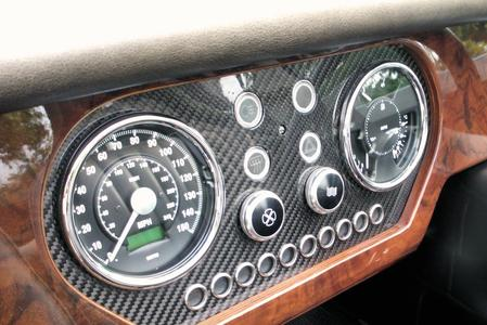 4/4 Sport, Plus 4, Roadster Dash Veneer in Carbon Fibre with LED Bezels