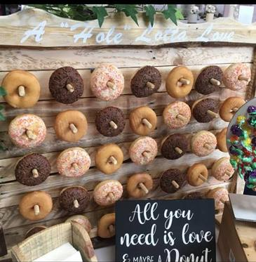 "alt=""rustic donut wall hire sussex"""